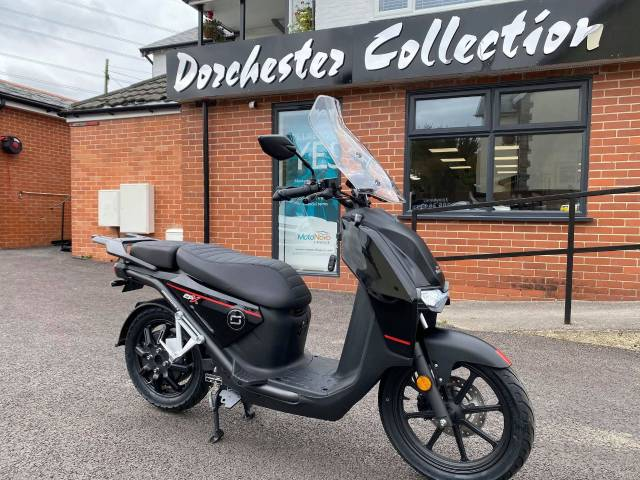 Vmoto Soco CPx - 125cc Equivalent Electric Scooter Scooter Electric Black