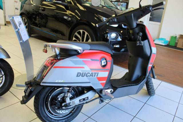 Vmoto Soco Super Soco CUX Ducati Limited Edition Scooter Electric Red